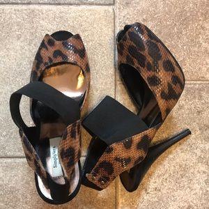 Vera Wang Leonard peep toe pumps